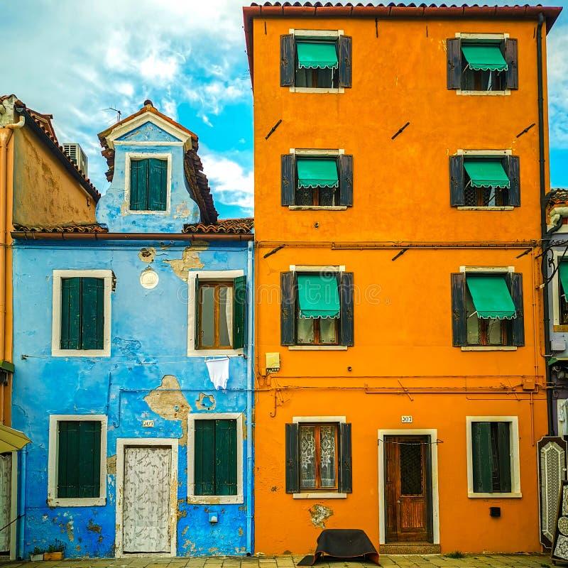 Старые красочные дома в Мурано стоковое фото rf