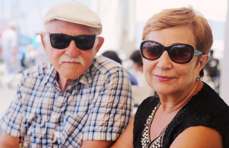 старые люди старшия 2 портрета пар стоковое фото rf