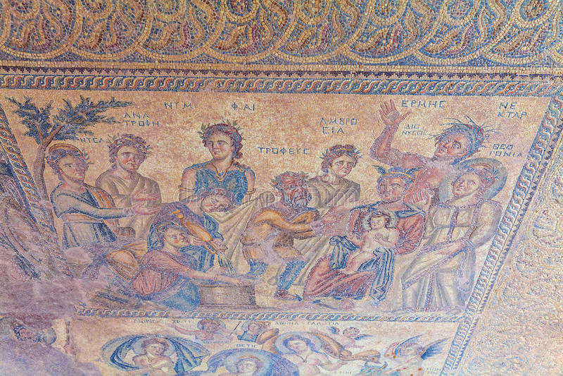 Старые мозаики в археологических раскопках, Paphos стоковое изображение