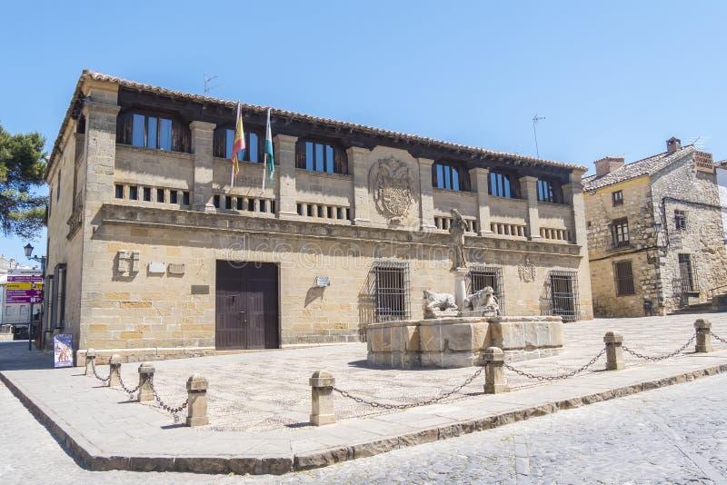 Старые мясники, квадрат Populo, суды фактически, Baeza, Jaen, Spai стоковые фотографии rf