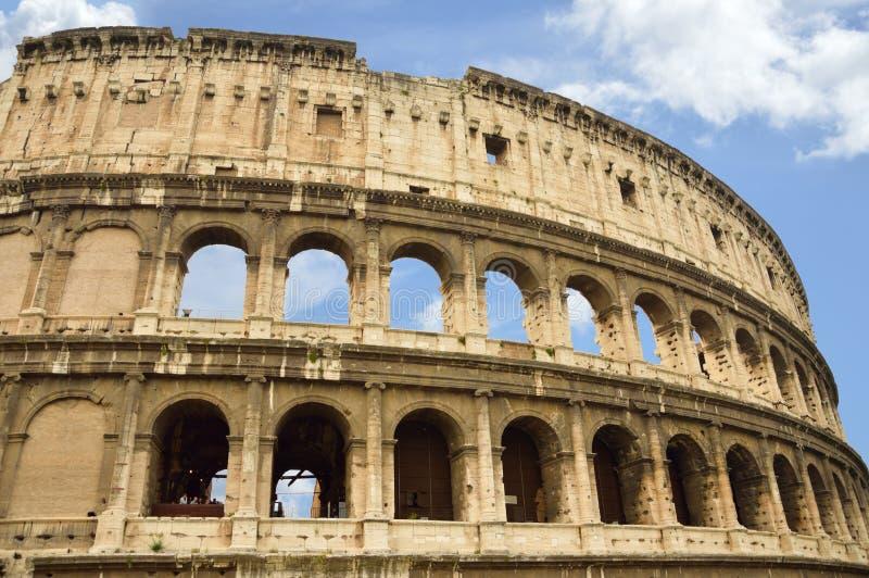 Старые окна Colosseum, Рима, Италии стоковая фотография rf