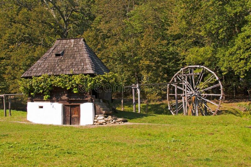 Старые дом и watermill стоковое фото rf