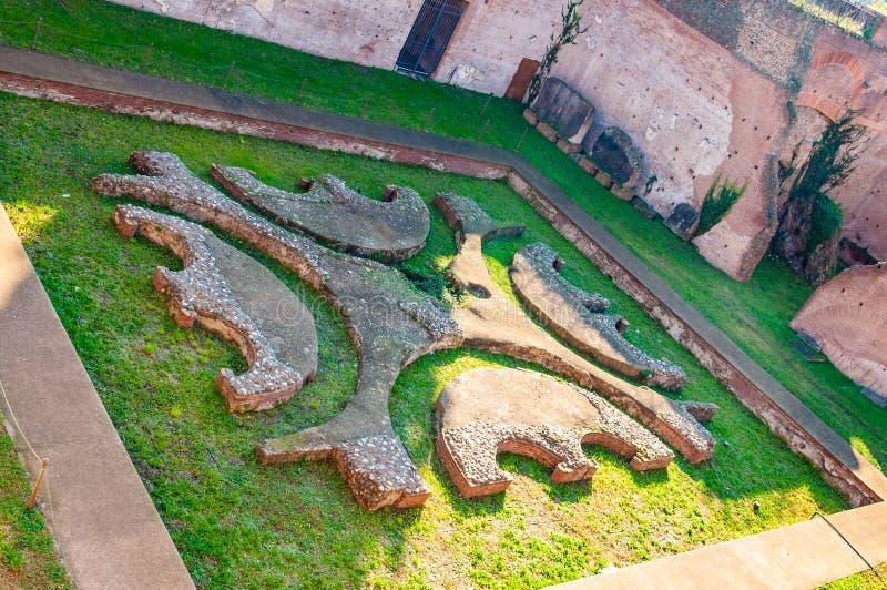 Старые остатки, части сада дома Augustus, или Domus Augusti, резиденция для императора Augustus стоковая фотография