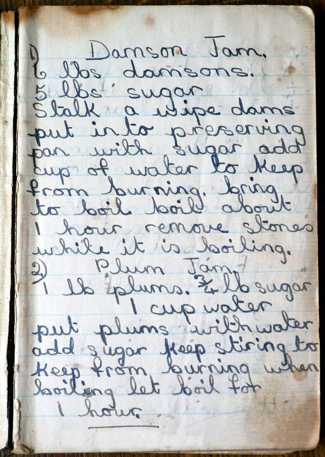 Старые рецепты для варенья Damson и сливы стоковое фото rf
