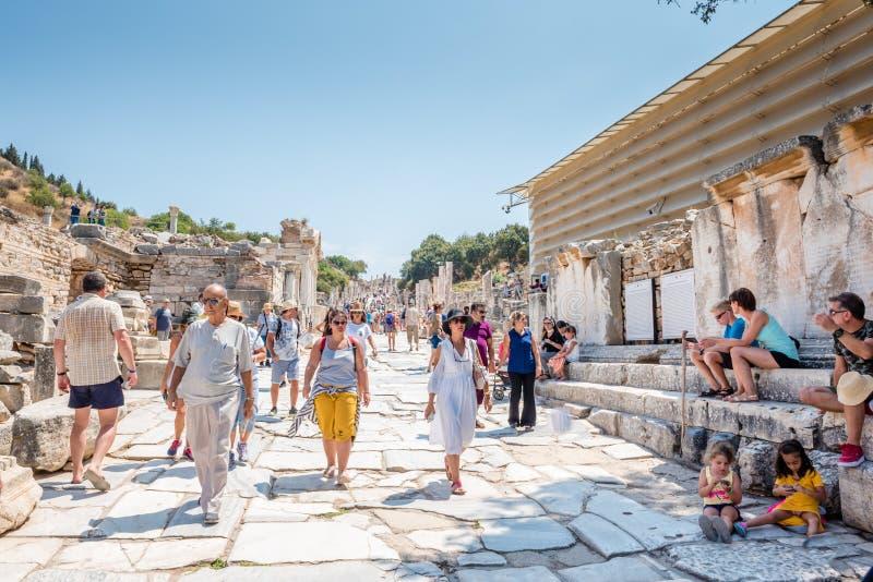 Старые руины на древнем городе Ephesus историческом стоковые изображения rf