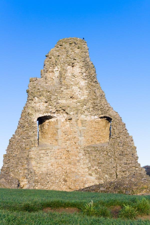Старые руины на hadleigh стоковые изображения