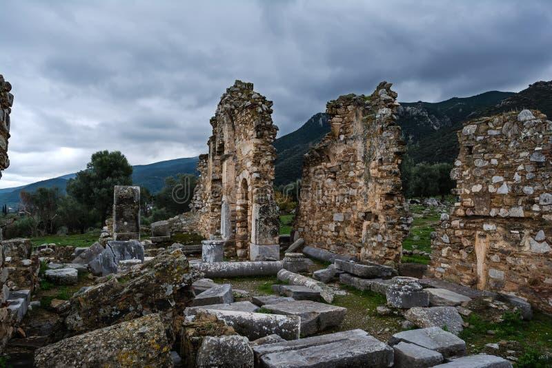 Старые руины Troizina, Греция стоковая фотография