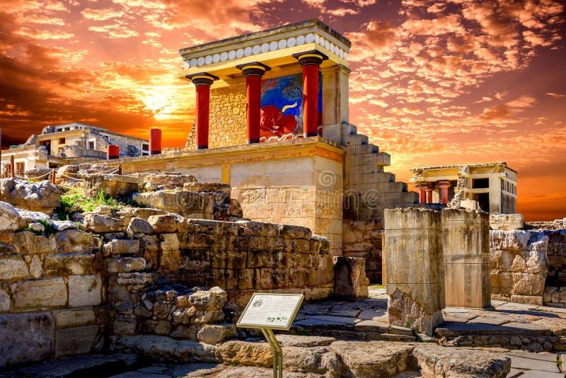 Старые стены Knossos около ираклиона стоковые фото