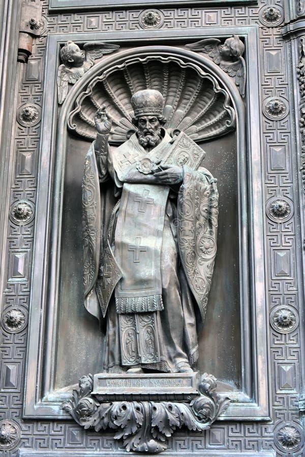 Старые стробы собора Isaacs Святого в Санкт-Петербурге, России стоковое фото rf
