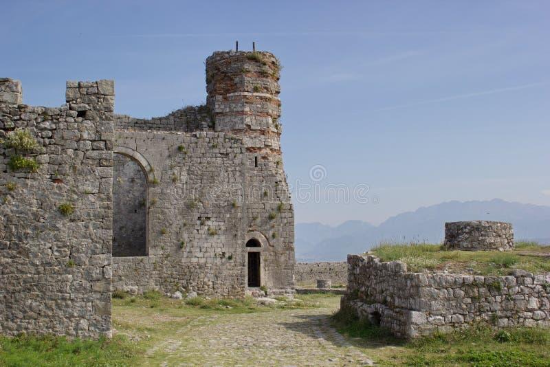 Старые церковь и мечеть, крепость Rozafa, Shkoder, Албания стоковое изображение