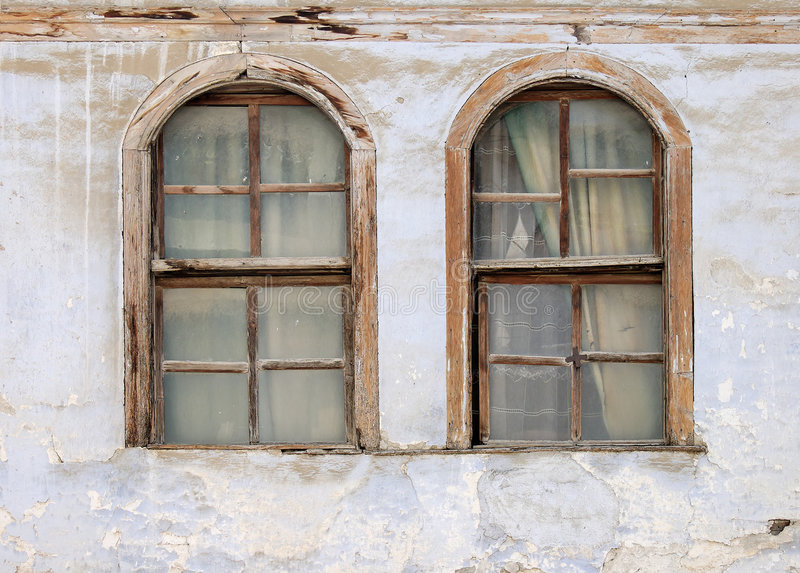 старые 2 окна стоковое изображение rf