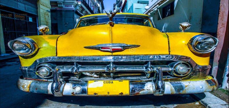 Старый автомобиль ретро стоковое изображение