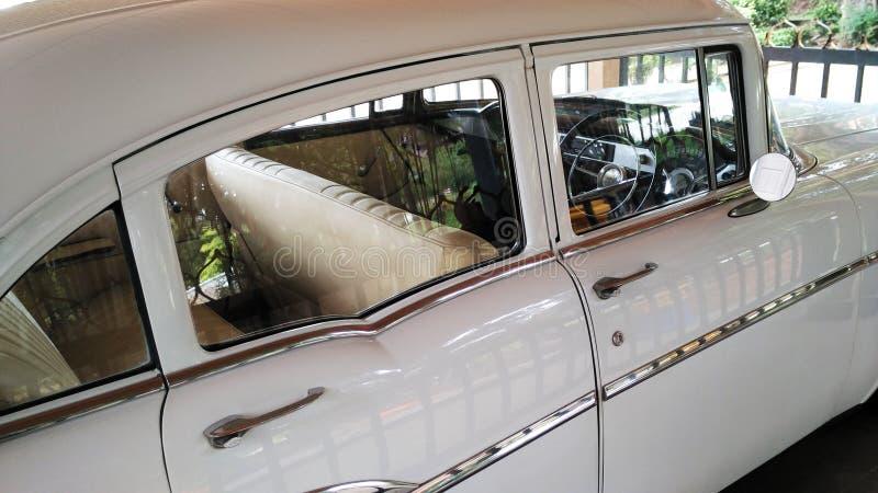 Старый автомобиль Шевроле стоковые изображения rf