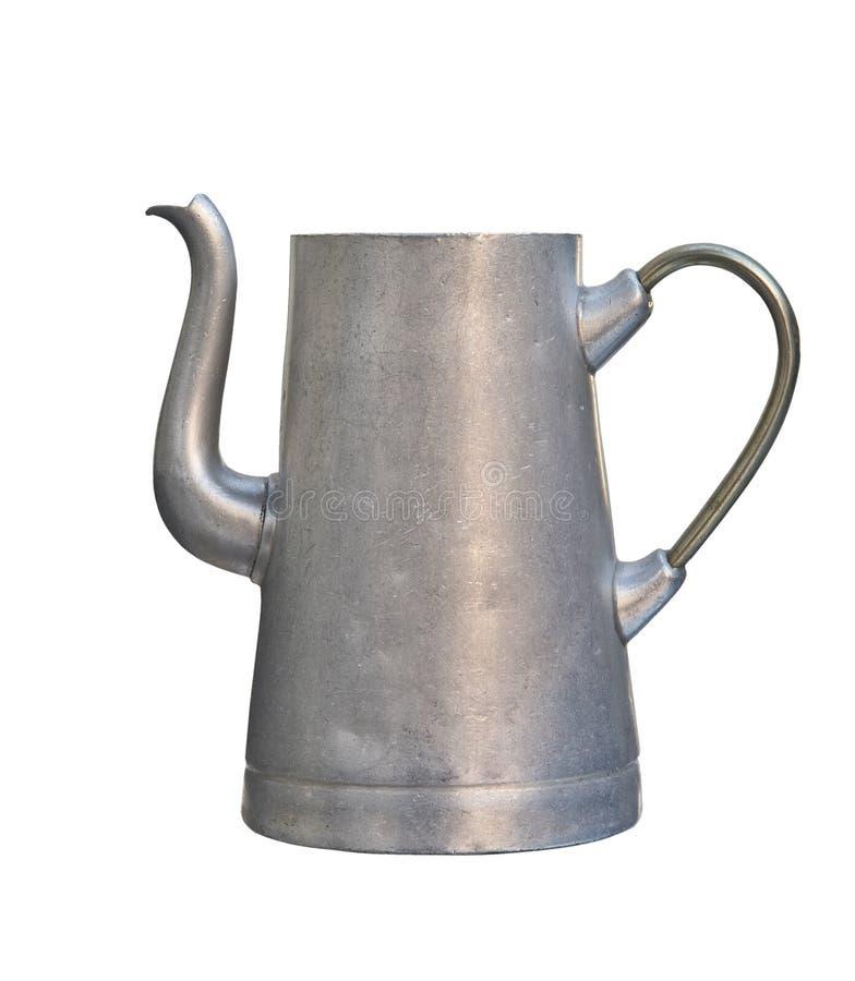 Старый алюминиевый чайник изолированный на белой предпосылке стоковые изображения
