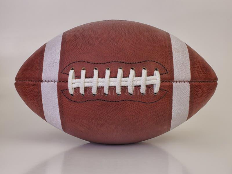 Старый американский шарик футбольной игры стоковое фото rf