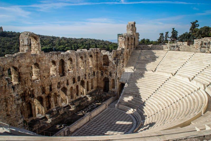 Старый амфитеатр в акрополе, Афина Греция стоковые изображения rf