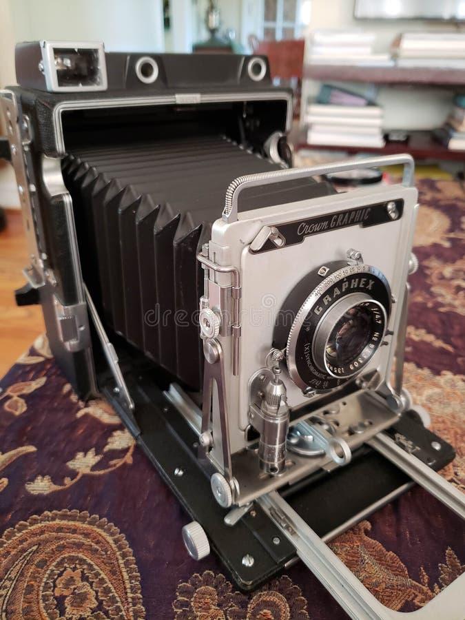 Старый античный график кроны камеры фильма стоковые фото