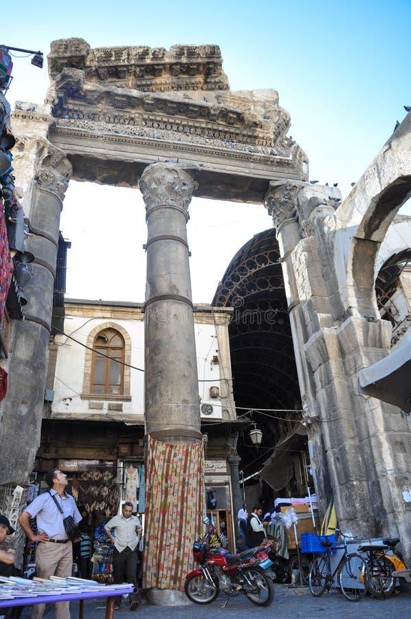 Старый базар в Дамаске перед войной стоковая фотография rf