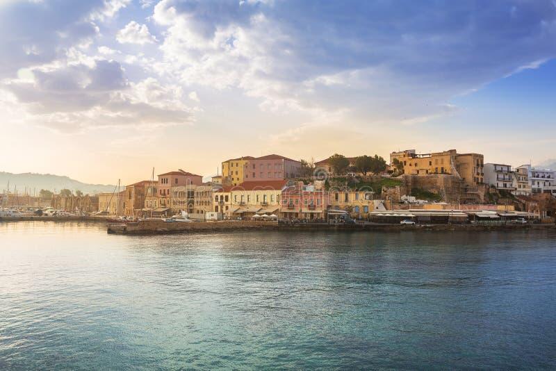 Старый венецианский порт Chania на зоре, Крит стоковое фото rf