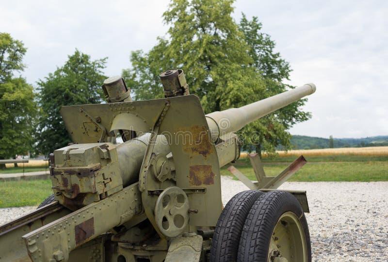 Старый винтажный корабль передвижной артиллерии стоковая фотография