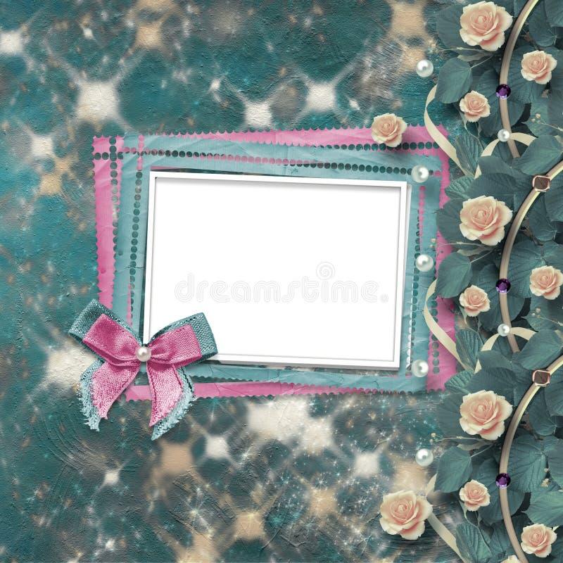 Старый винтажный фотоальбом с красивыми розами стоковые изображения rf