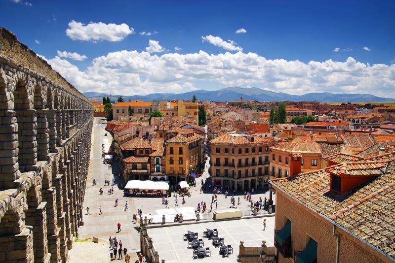 Старый город Сеговии - Площади del Azoguejo и римского мост-водовода стоковые фото