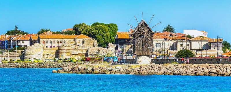 Старый городок Nesebar в Болгарии Чёрным морем стоковое изображение