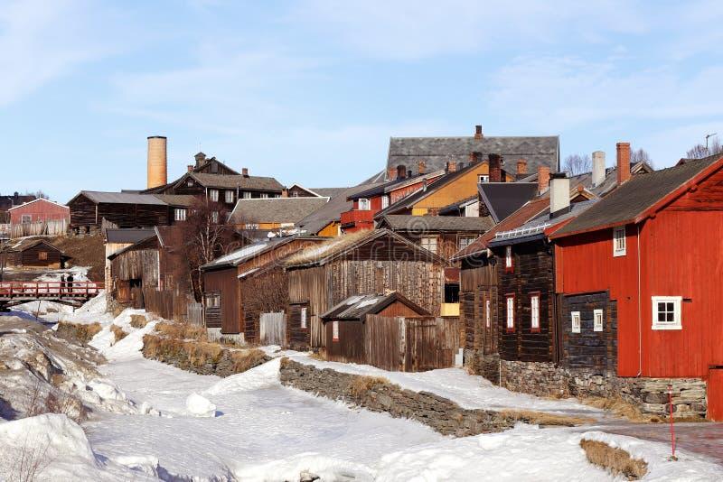 Старый городок Roros минирования в Норвегии стоковая фотография