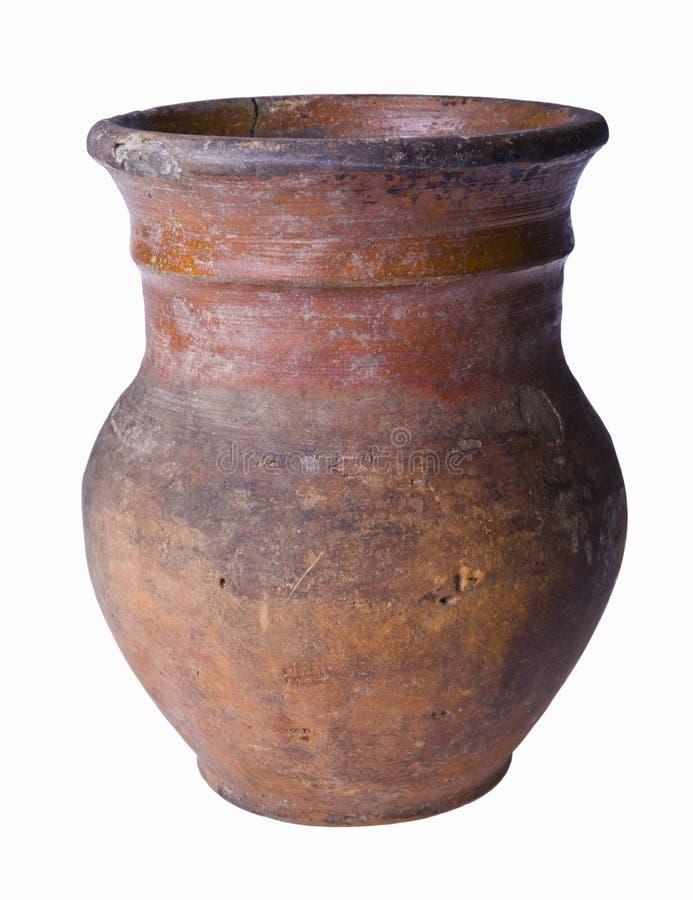 Старый глиняный горшок изолированный на белизне стоковые изображения rf