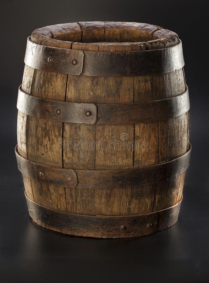 Старый деревянный бочонок стоковое фото rf