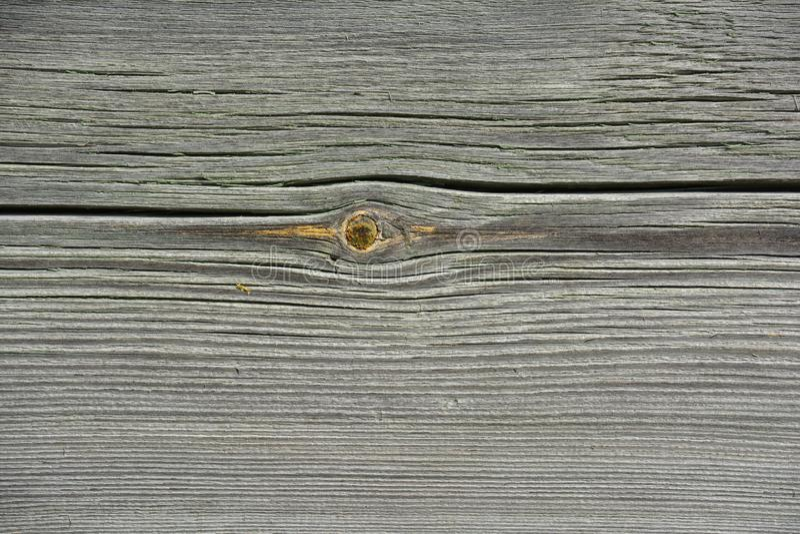 Старый деревянный тимберс с отказами и узлами стоковое изображение rf