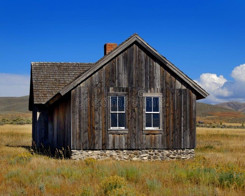 Старый дом в районе город-привидения покинутом сельской местностью историческом стоковое фото