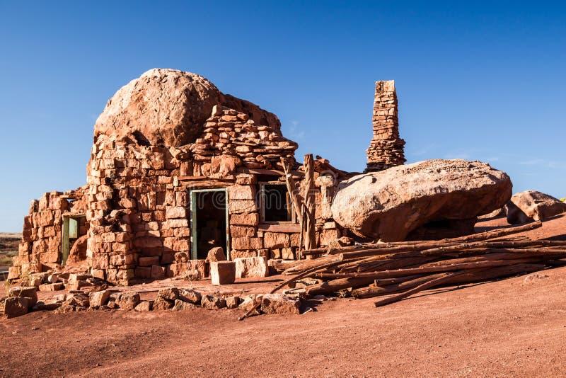 Старый дом утеса стоковая фотография rf