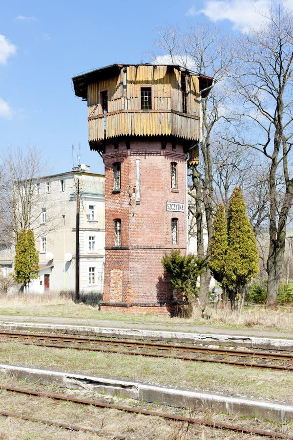 старый железнодорожный вокзал, Szczytna, Польша стоковые изображения