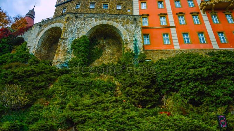 Старый замок в Польше - старой стене на севере страны - январь 2019 стоковые фотографии rf