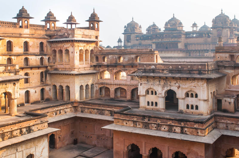 Старый индийский висок, старые руины крепости стоковое фото