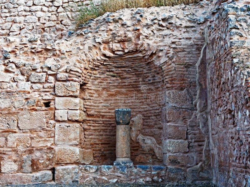 Старый камень и плоские кирпичные здания, Дэлфи, Греция стоковые изображения rf