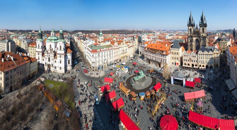 Старый квадрат в Праге стоковые изображения rf