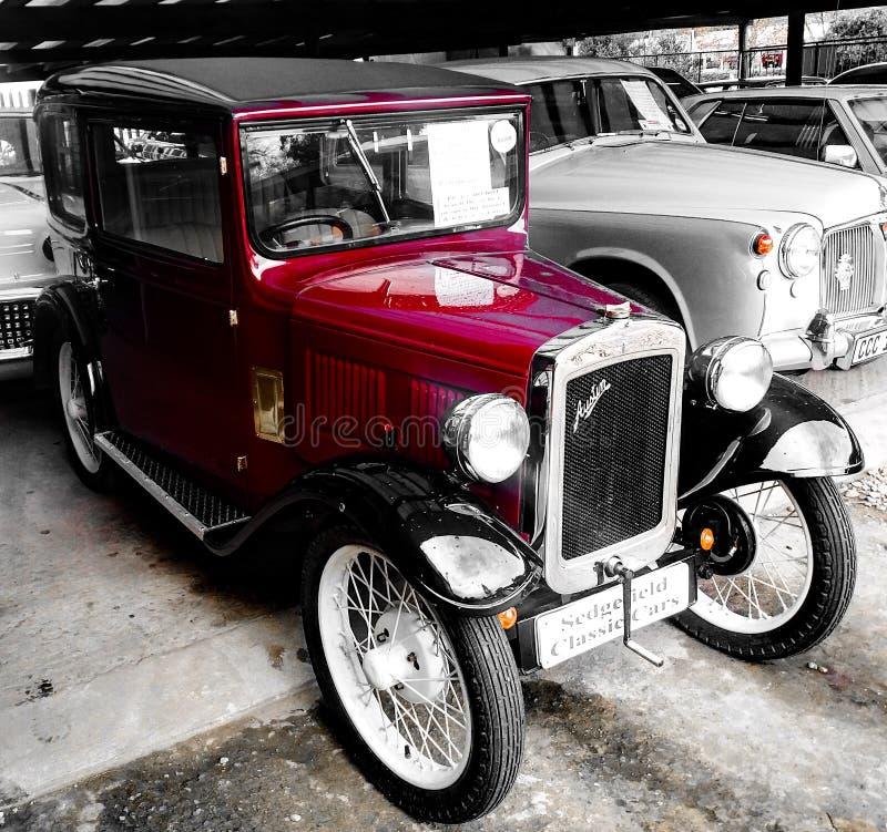 Старый классицистический автомобиль стоковые изображения