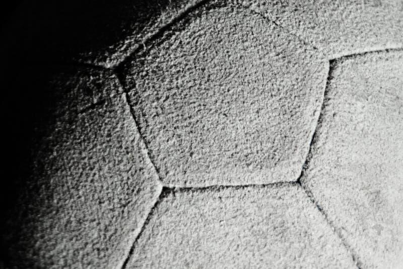 Download Старый кожаный конец-вверх футбольного мяча Стоковое Фото - изображение насчитывающей кругло, воссоздание: 40577632