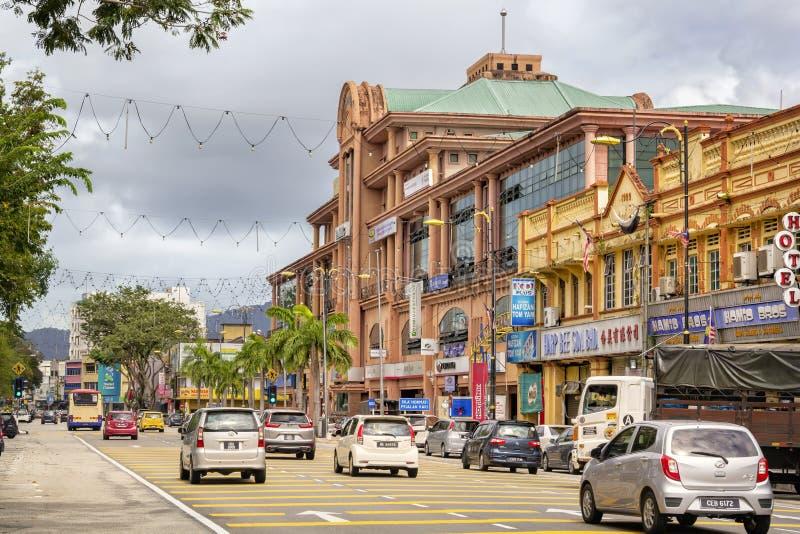 Старый колониальный стиль строя бывший дворец стоек правосудия на квадрате Mahkota в центре города стоковые фото