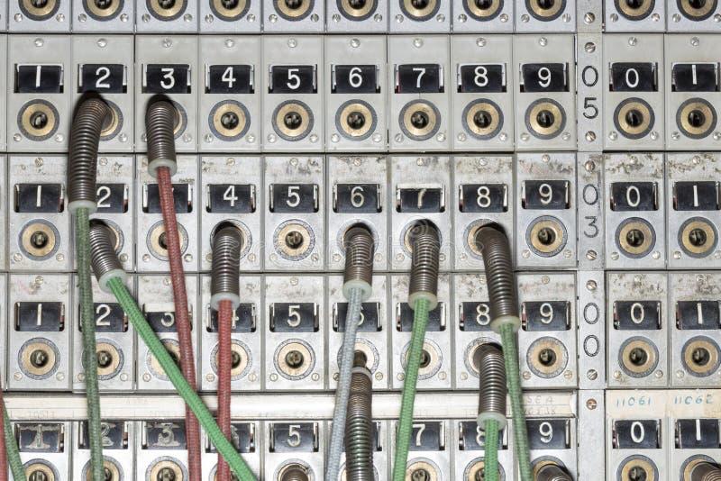 старый конец коммутатора телефона вверх стоковые изображения rf