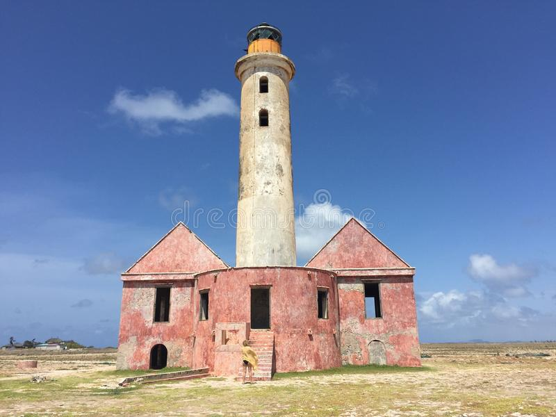 Старый маяк на малом Curacao стоковая фотография rf