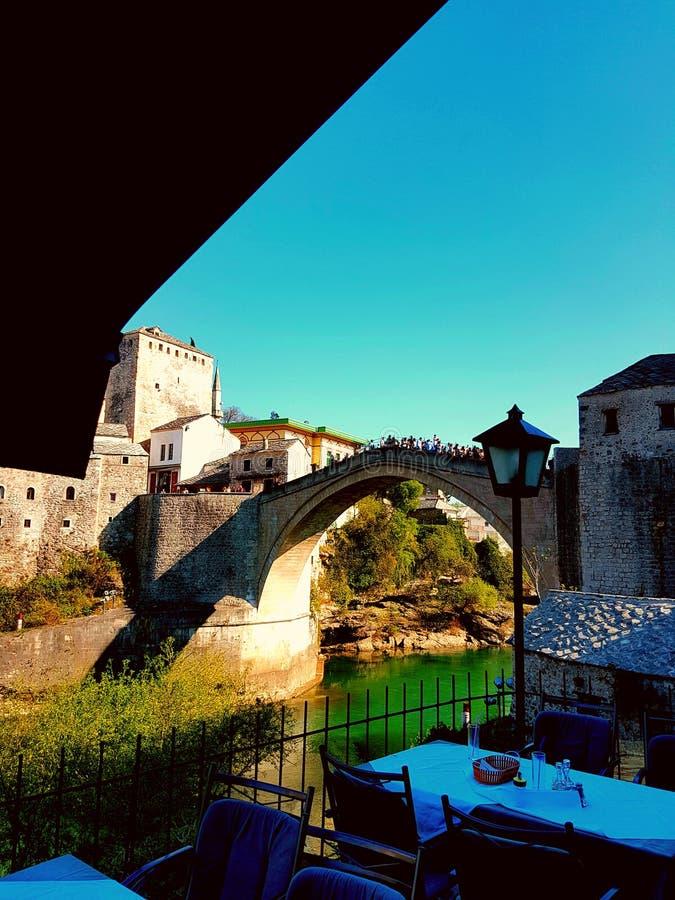 Старый мост в городе Мостара стоковая фотография rf