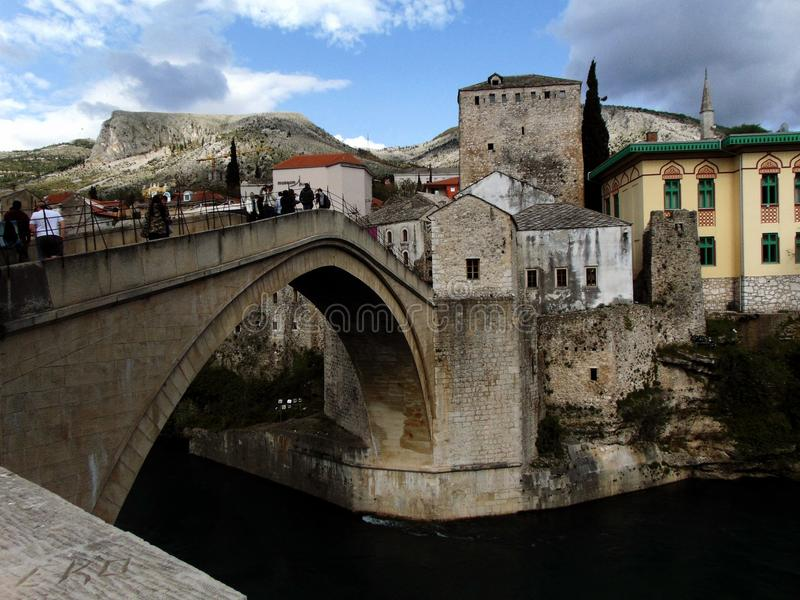 Старый мост в Мостаре стоковые изображения