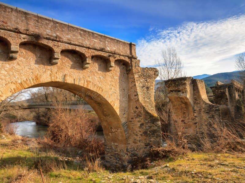 Старый мост на Ponte Novu, Корсике стоковые фото