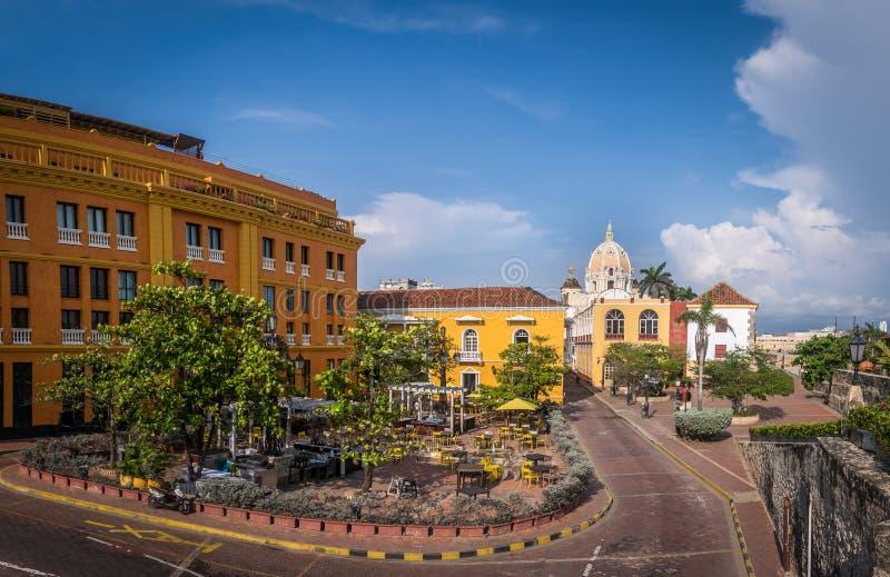 Старый огороженный город Cartagena, Колумбии стоковые фото