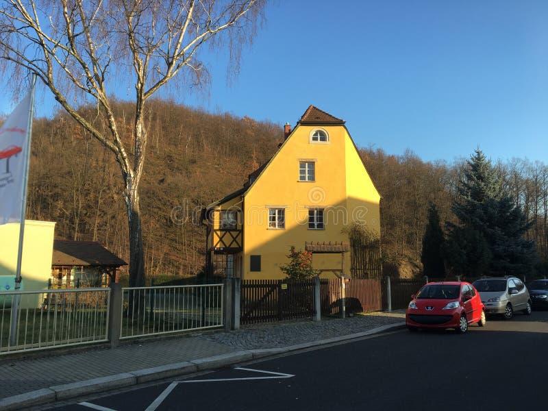 Старый дом в Freital, Саксонии стоковые фото