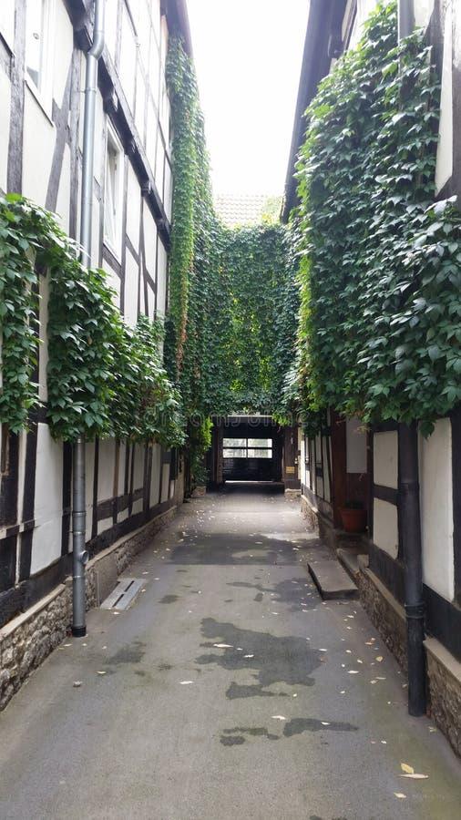 Старый дом стиля Tudor стоковая фотография
