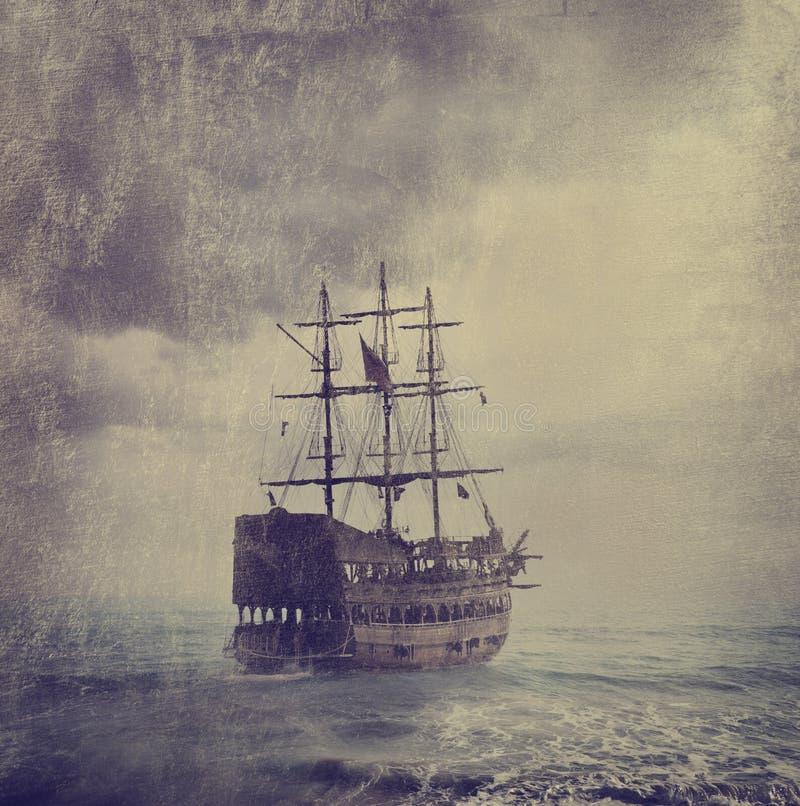 Старый пиратский корабль стоковые изображения rf
